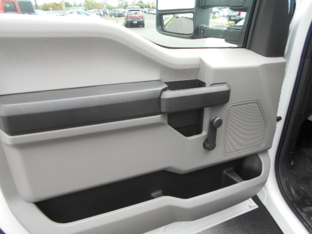 2017 F-450 Regular Cab DRW, Flatbed #50751 - photo 5