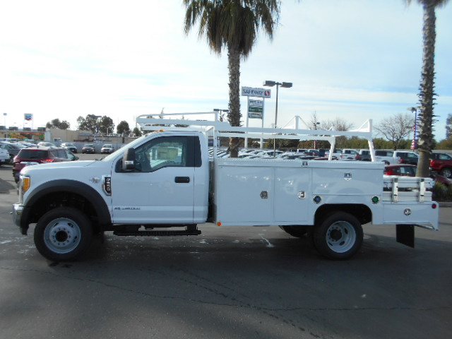 2017 F-550 Regular Cab DRW, Scelzi Combo Body #50883 - photo 3