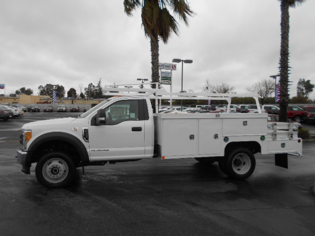 2017 F-450 Regular Cab DRW 4x4, Scelzi Combo Body #50998 - photo 3