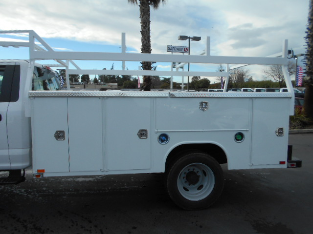 2017 F-550 Regular Cab DRW 4x4, Service Body #51013 - photo 9