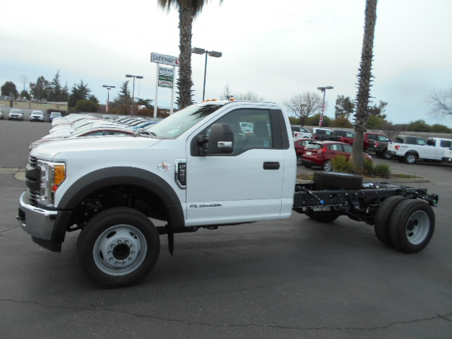 2017 F-550 Regular Cab DRW, Cab Chassis #51217 - photo 3