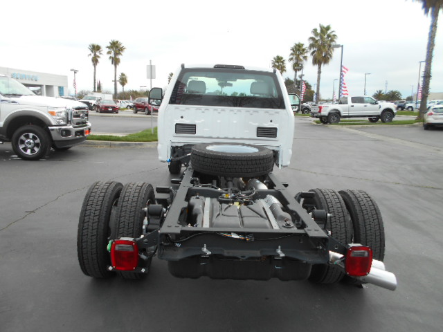 2017 F-550 Regular Cab DRW, Cab Chassis #51217 - photo 8