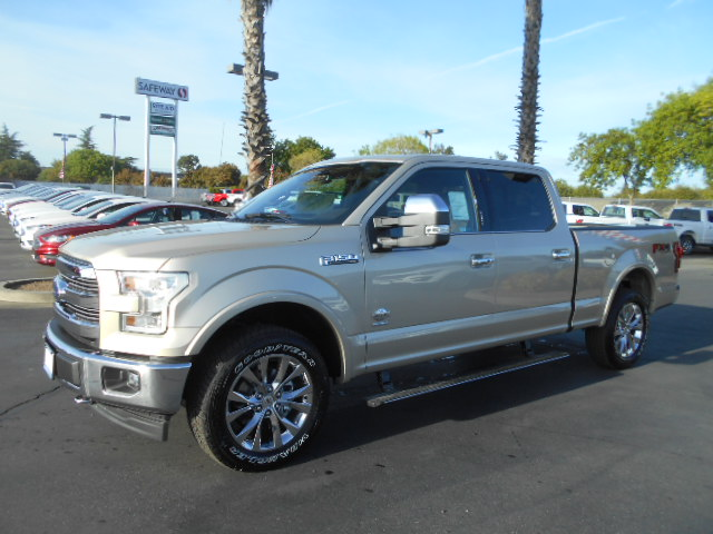 2017 F-150 SuperCrew Cab 4x4, Pickup #51248 - photo 3