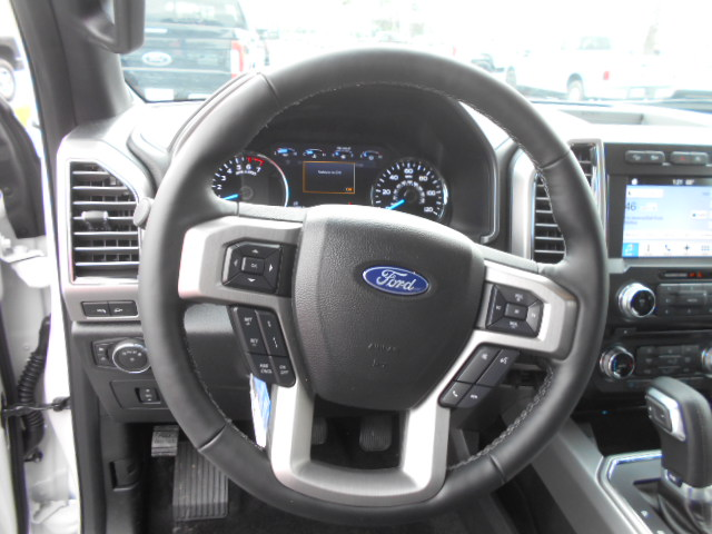 2017 F-150 SuperCrew Cab 4x4, Pickup #51258 - photo 6