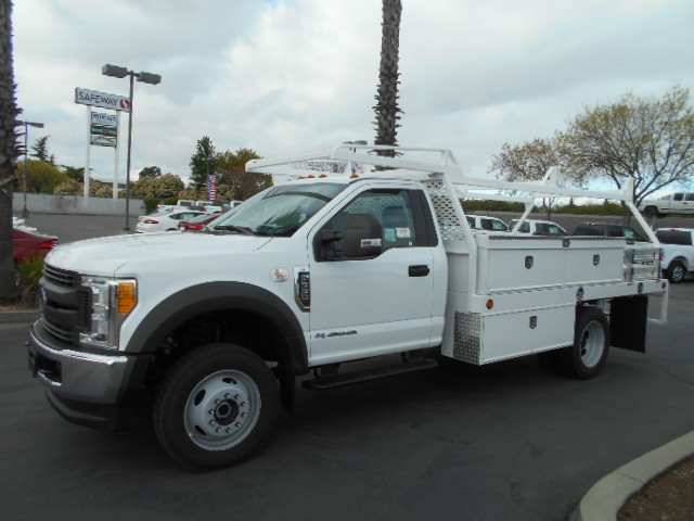 2017 F-550 Regular Cab DRW 4x4, Scelzi Contractor Body #51323 - photo 3