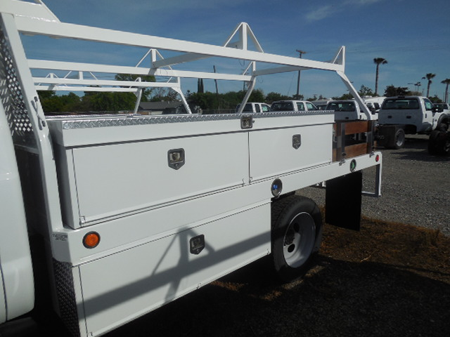 2017 F-550 Regular Cab DRW 4x4, Scelzi Flatbed #51430 - photo 13