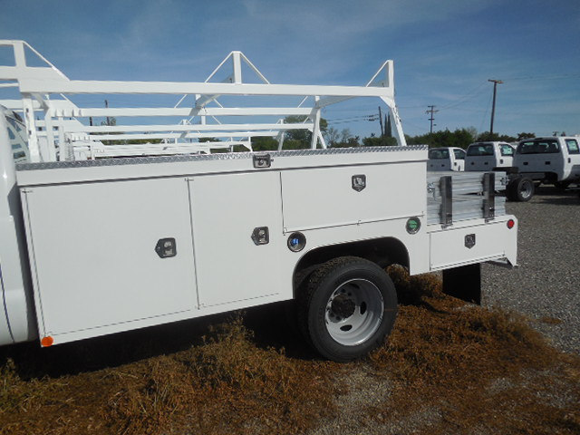 2017 F-450 Regular Cab DRW 4x4, Scelzi Contractor Body #52027 - photo 12