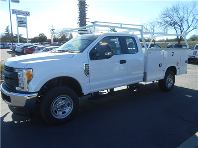2017 F-350 Super Cab 4x4,  Knapheide Standard Service Body #52070 - photo 1