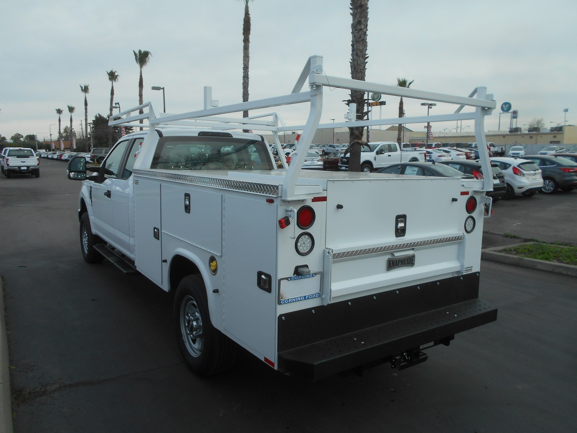 2017 F-350 Super Cab 4x4, Knapheide Service Body #52090 - photo 2