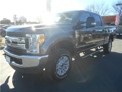 2017 F-250 Crew Cab 4x4, Pickup #52120 - photo 1
