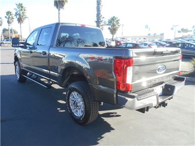 2017 F-250 Crew Cab 4x4, Pickup #52120 - photo 2