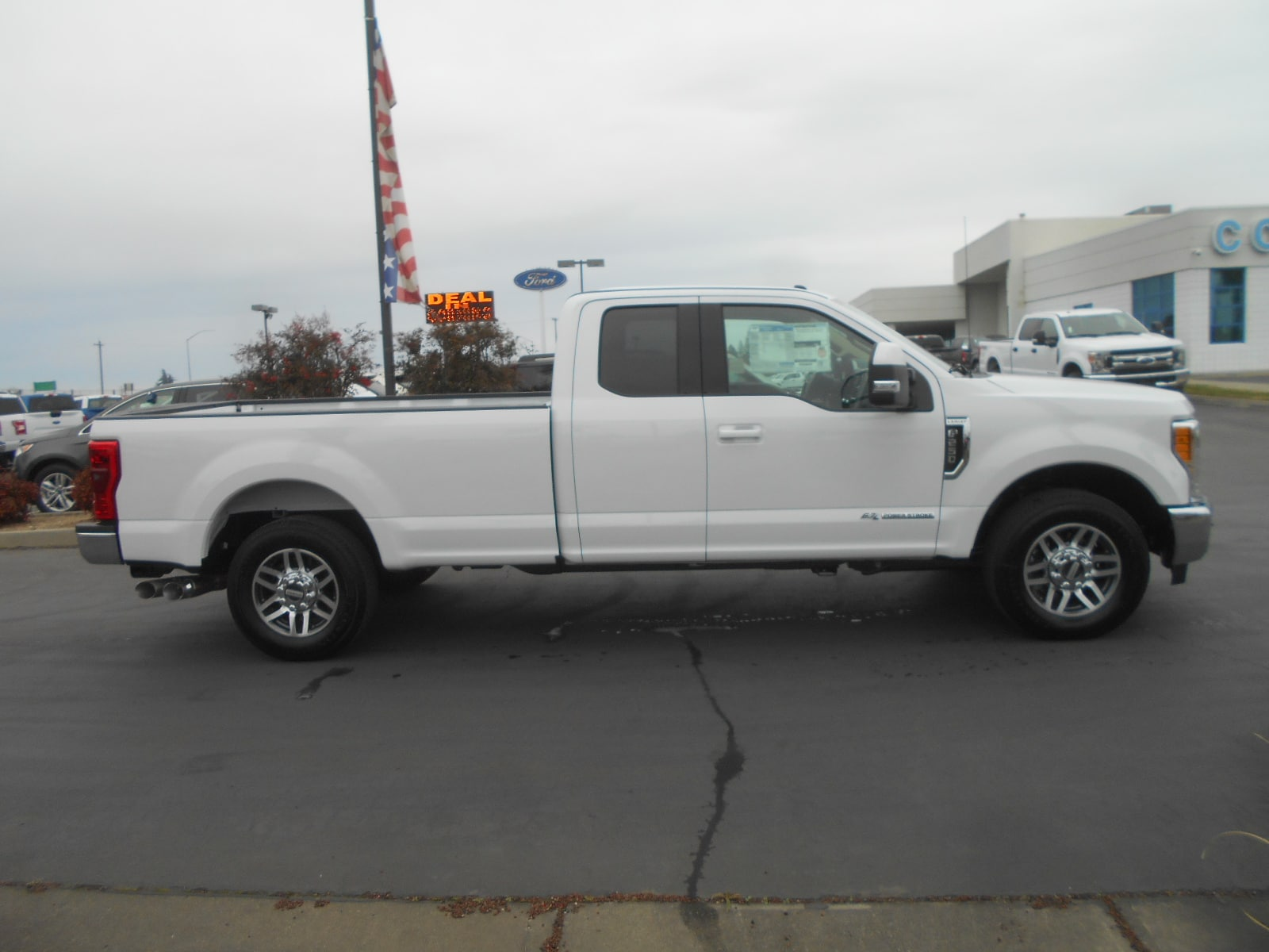 2017 F-250 Super Cab, Pickup #52193 - photo 9
