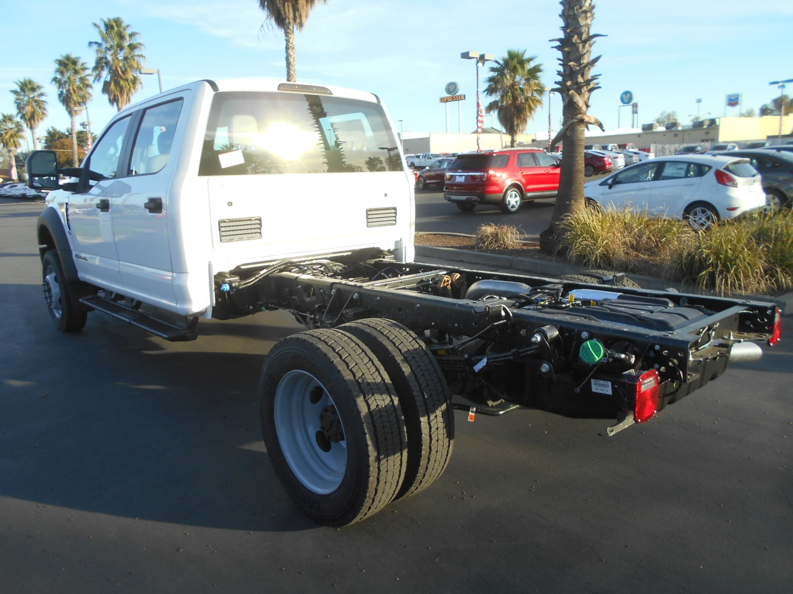 2017 F-550 Crew Cab DRW Cab Chassis #52422 - photo 2
