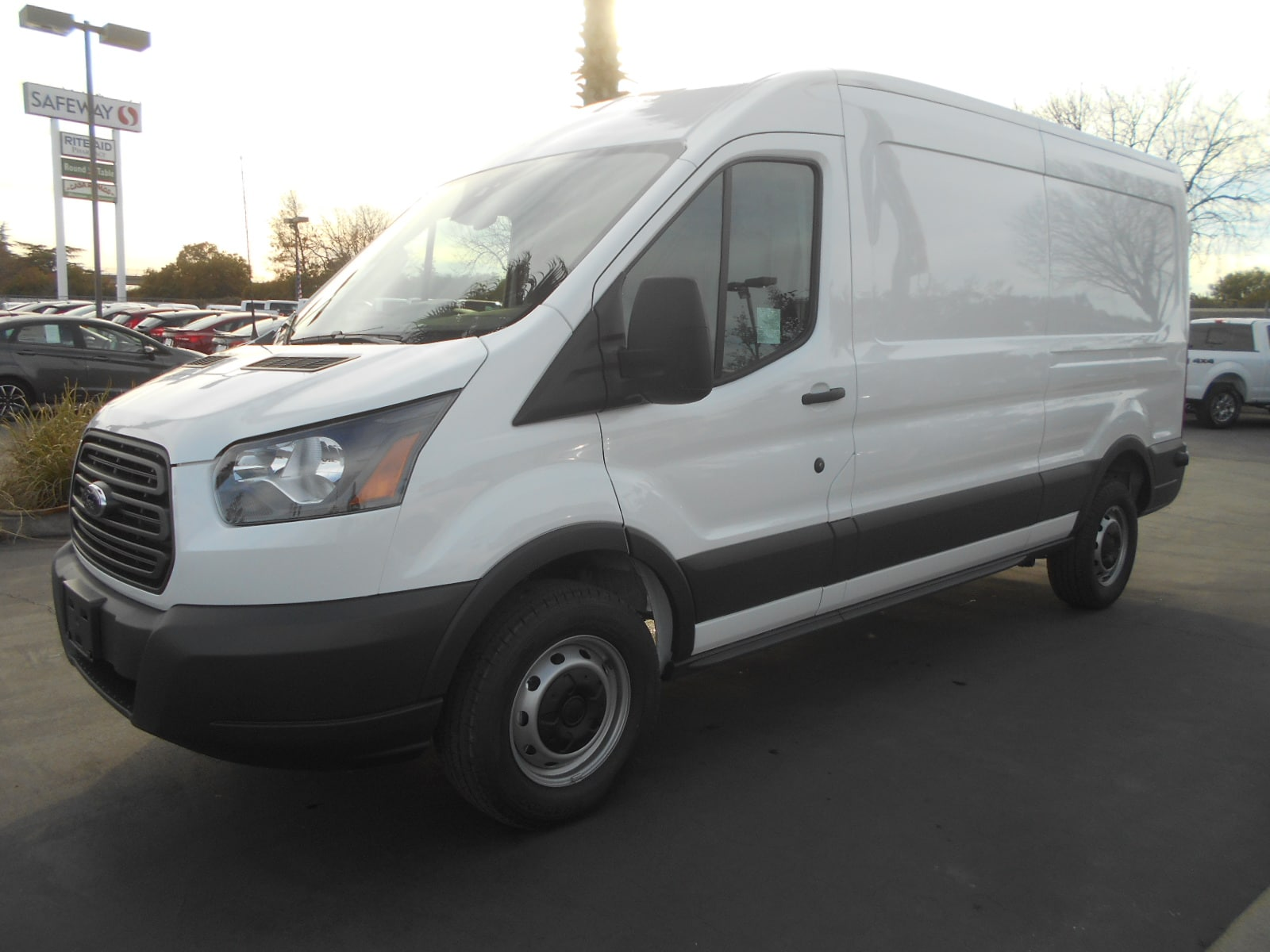 New 2018 Ford Transit 250 Cargo Van