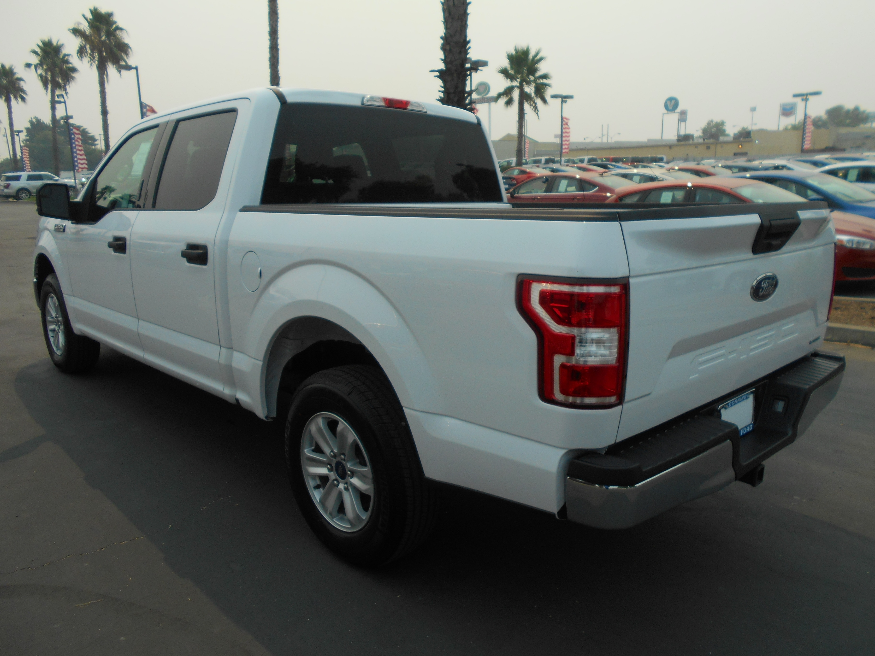 2018 F-150 SuperCrew Cab 4x2,  Pickup #52739 - photo 2