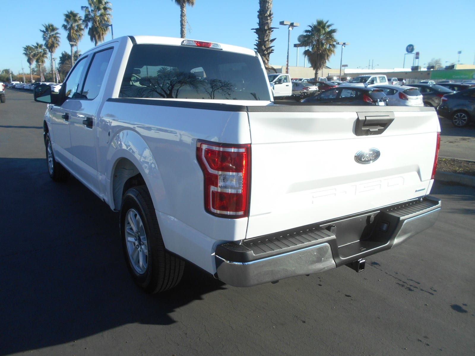 2018 F-150 SuperCrew Cab 4x2,  Pickup #52747 - photo 2