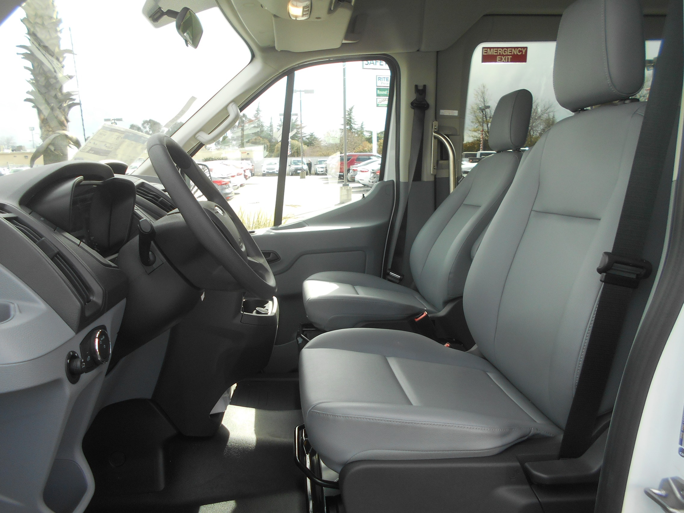 2018 Transit 150 Med Roof 4x2,  Mobility #52836 - photo 3