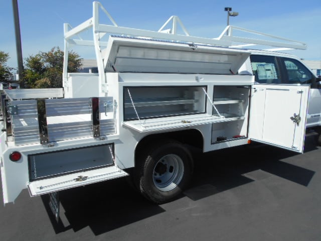 2018 F-350 Crew Cab DRW 4x4,  Scelzi Combo Body #53675 - photo 13