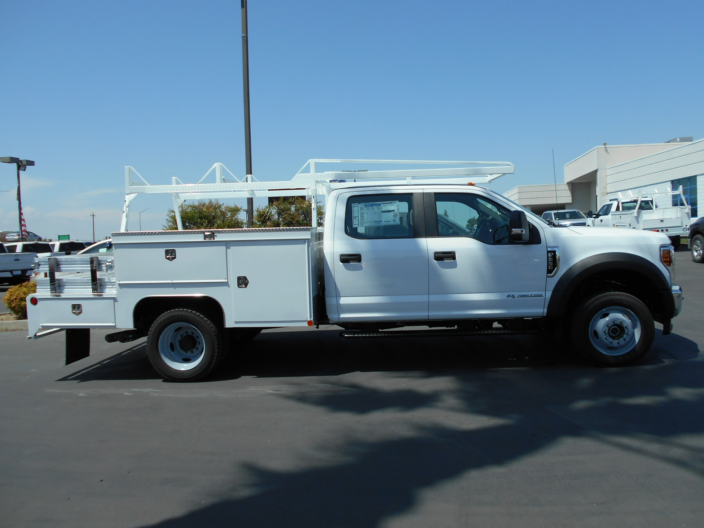 2018 F-550 Crew Cab DRW 4x4,  Scelzi Combo Body #53721 - photo 7