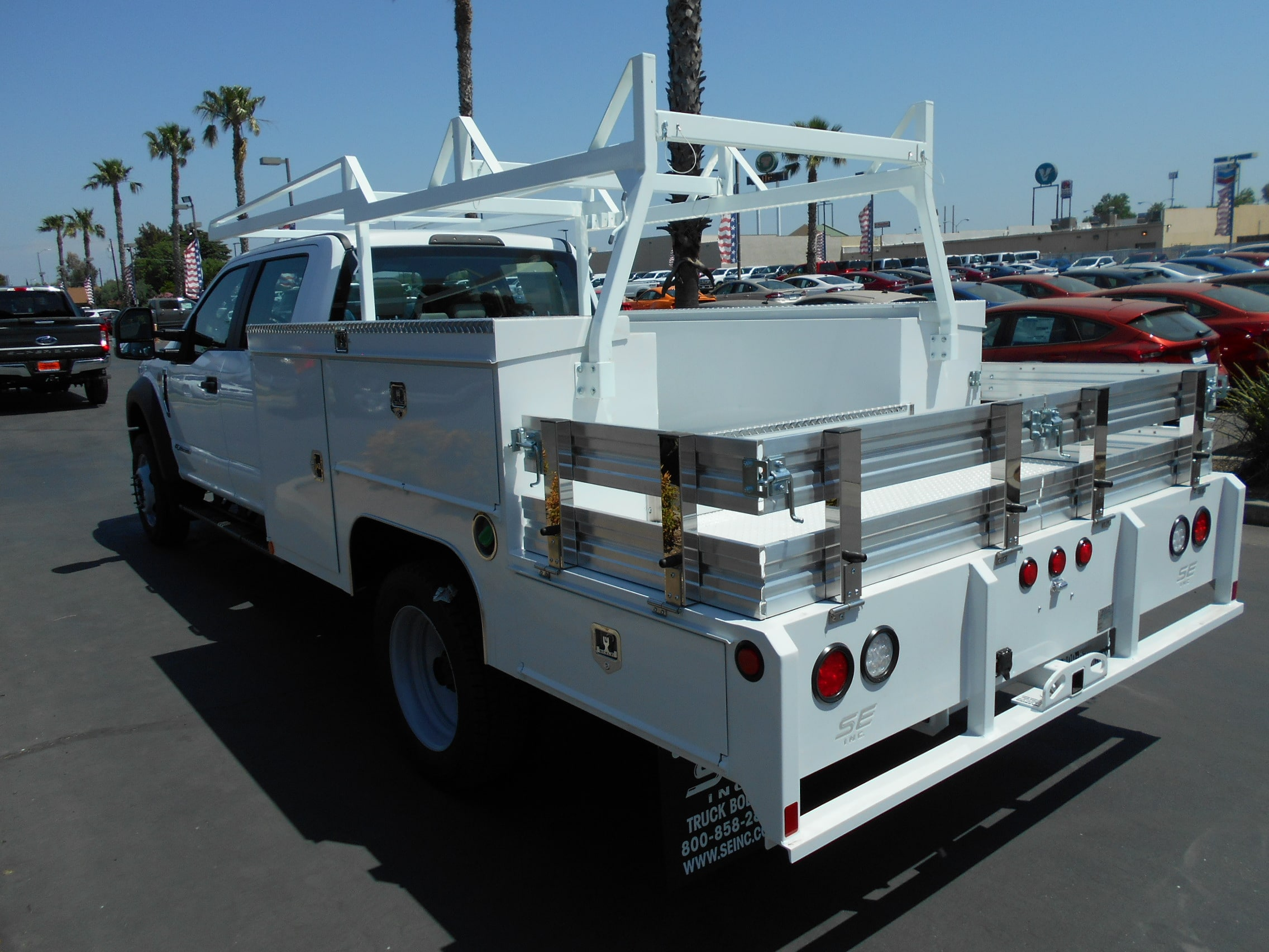2018 F-550 Crew Cab DRW 4x4,  Scelzi Combo Body #53721 - photo 2