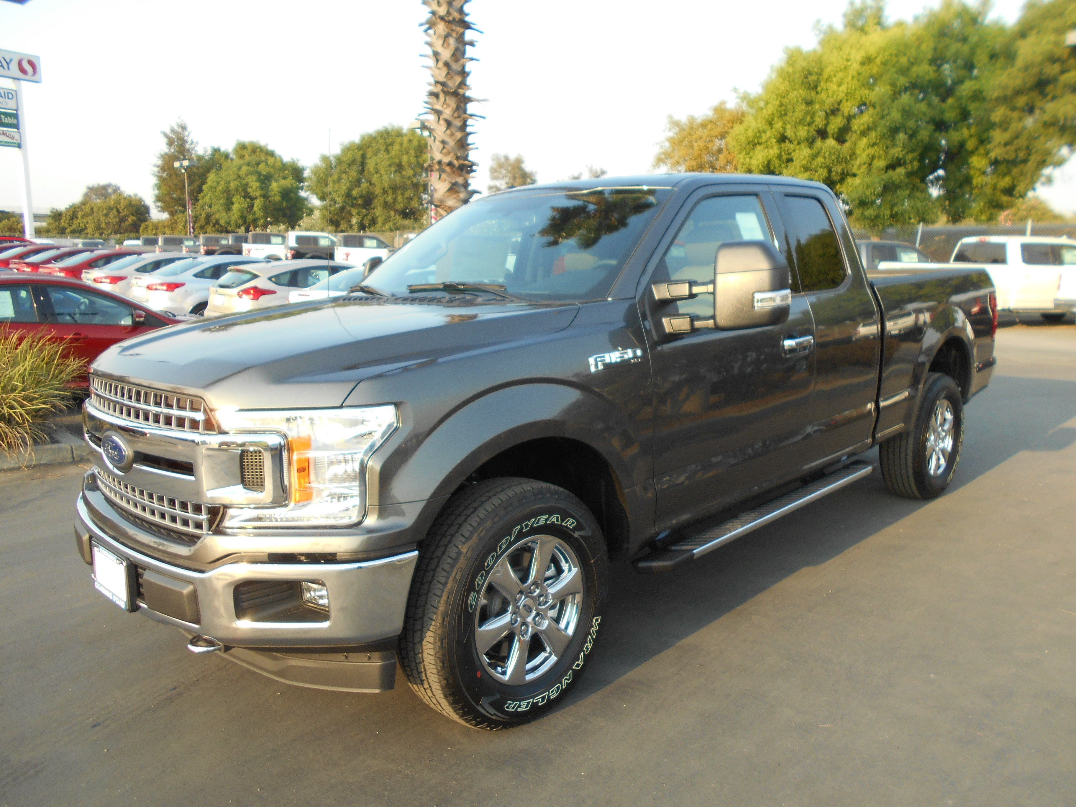2018 F-150 Super Cab 4x4,  Pickup #53759 - photo 1