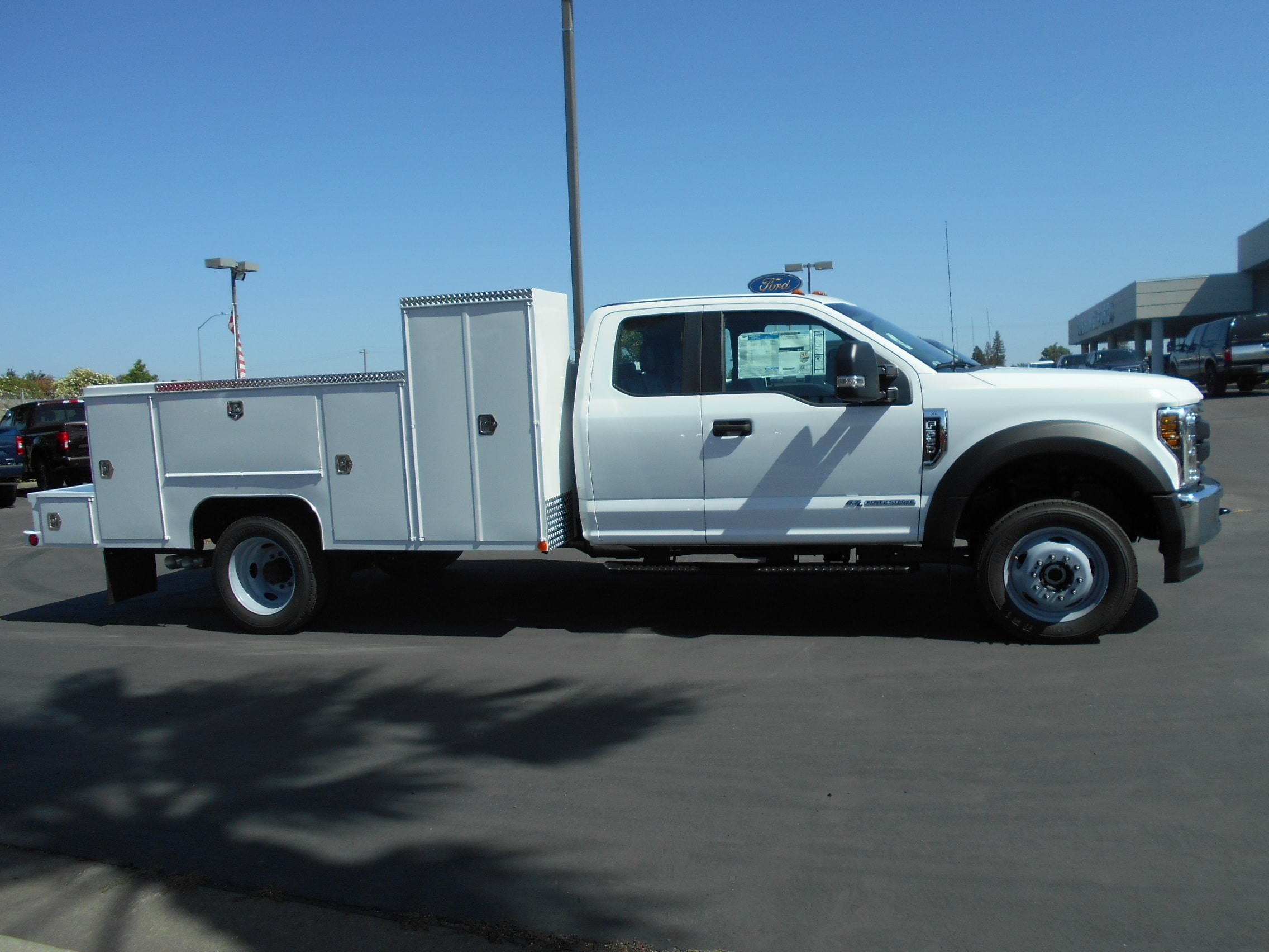 2018 F-550 Super Cab DRW 4x4,  Scelzi Signature Service Body #53815 - photo 7