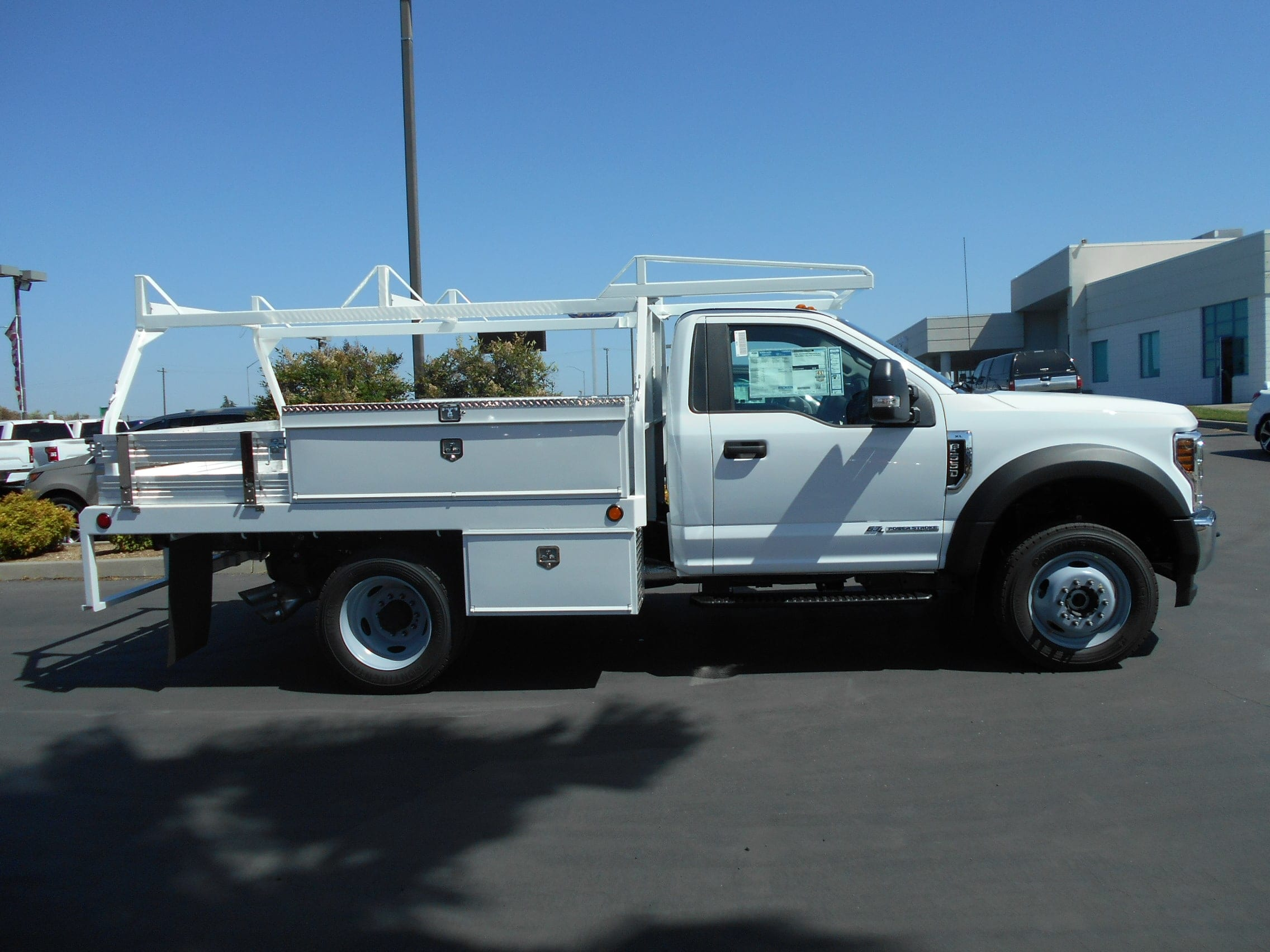 2018 F-550 Regular Cab DRW 4x4,  Scelzi Contractor Body #53825 - photo 7