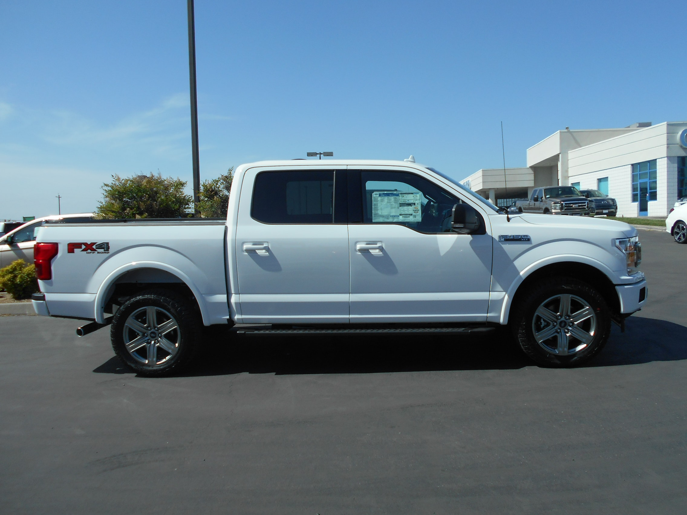 2018 F-150 SuperCrew Cab 4x4,  Pickup #53848 - photo 7