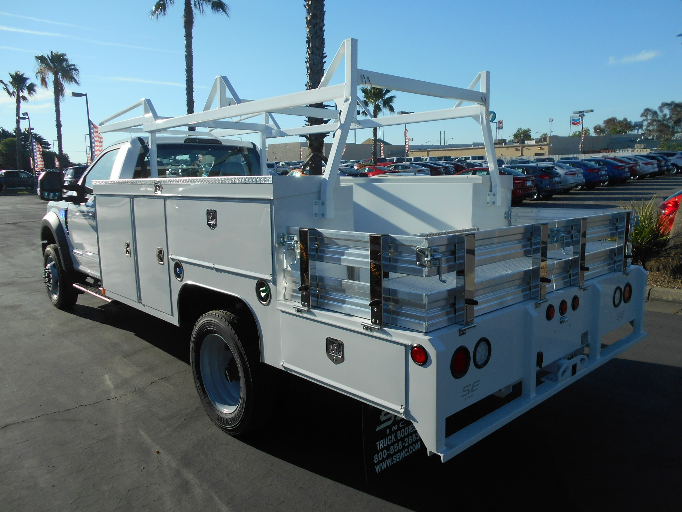 2018 F-450 Regular Cab DRW 4x2,  Scelzi Combo Body #53912 - photo 2