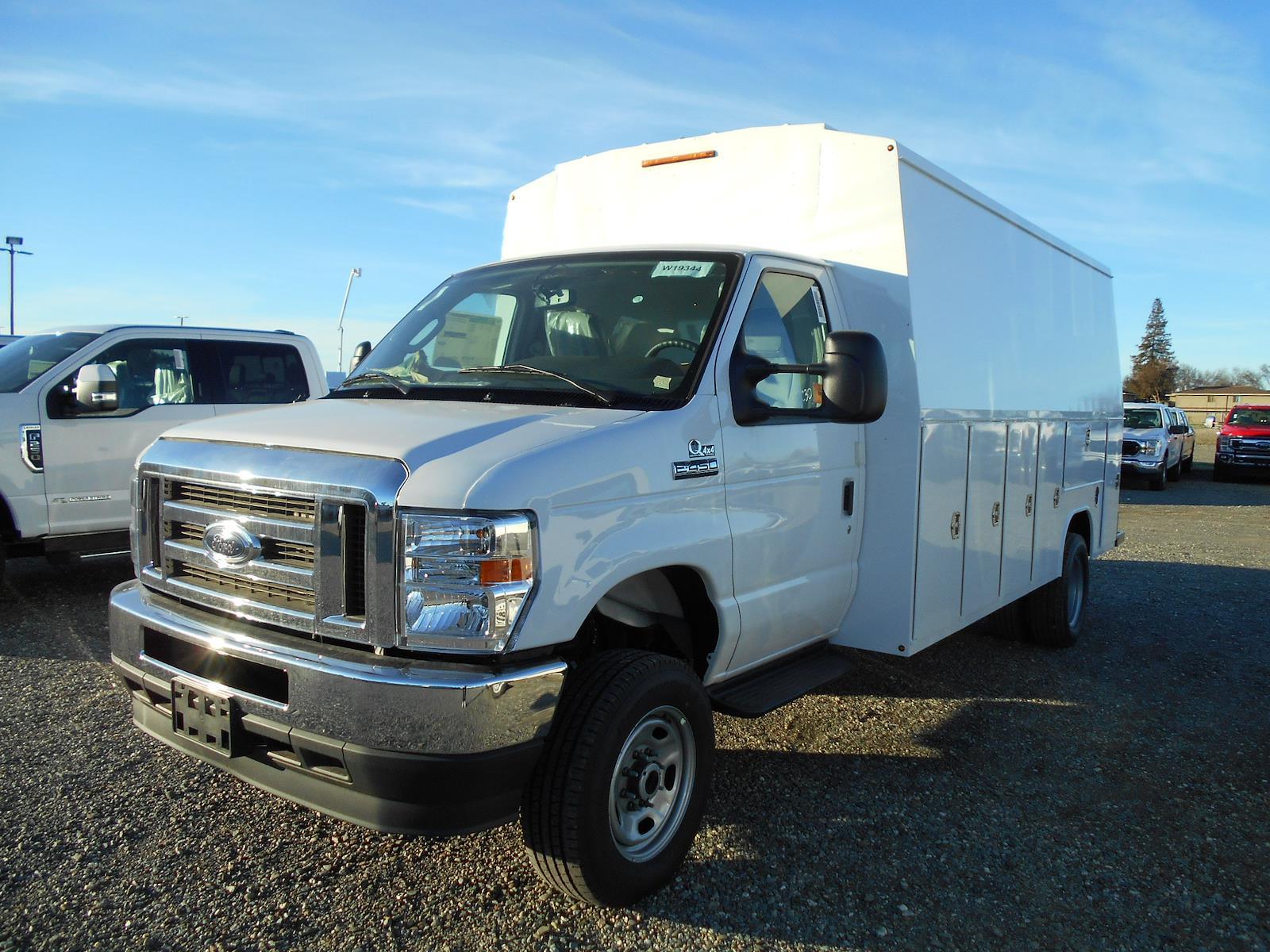 2021 Ford E-450 DRW 4x4, Harbor Service Utility Van #58218 - photo 1