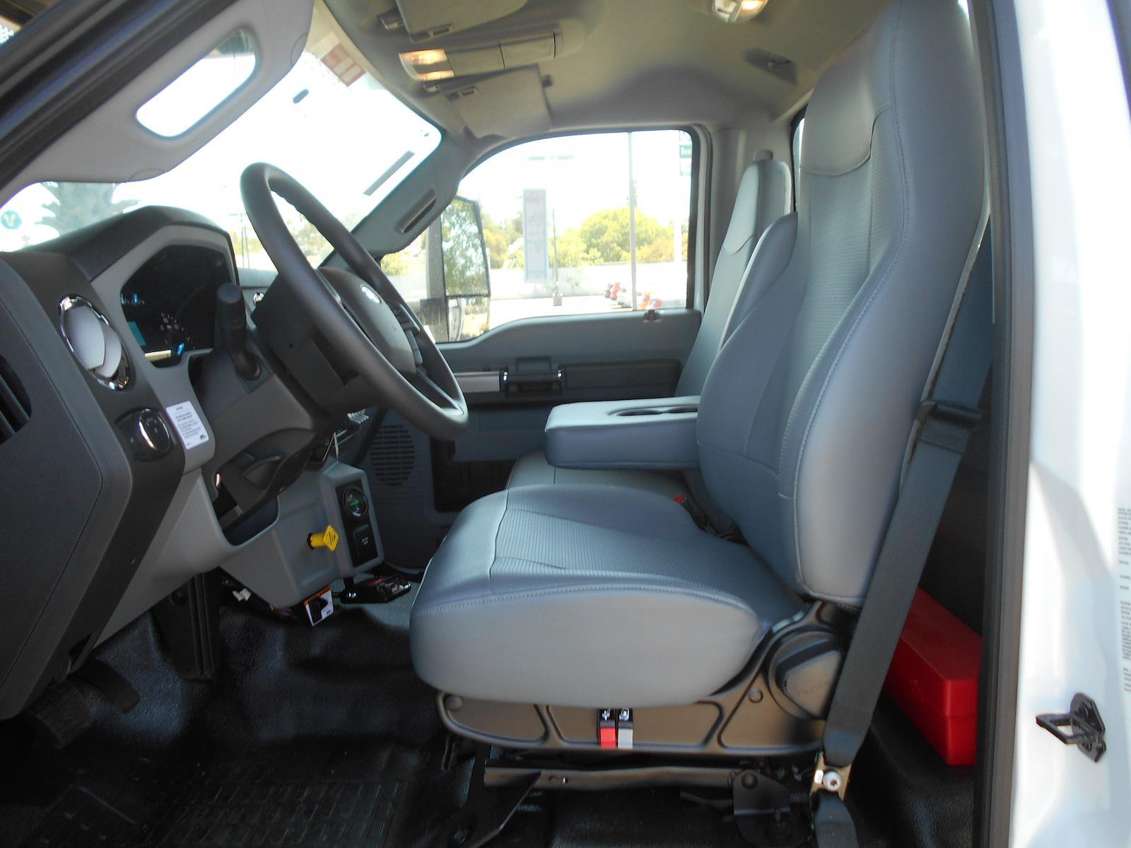 2022 Ford F-750 Regular Cab DRW 4x2, Terex Corporation Chipper Body #59957 - photo 1