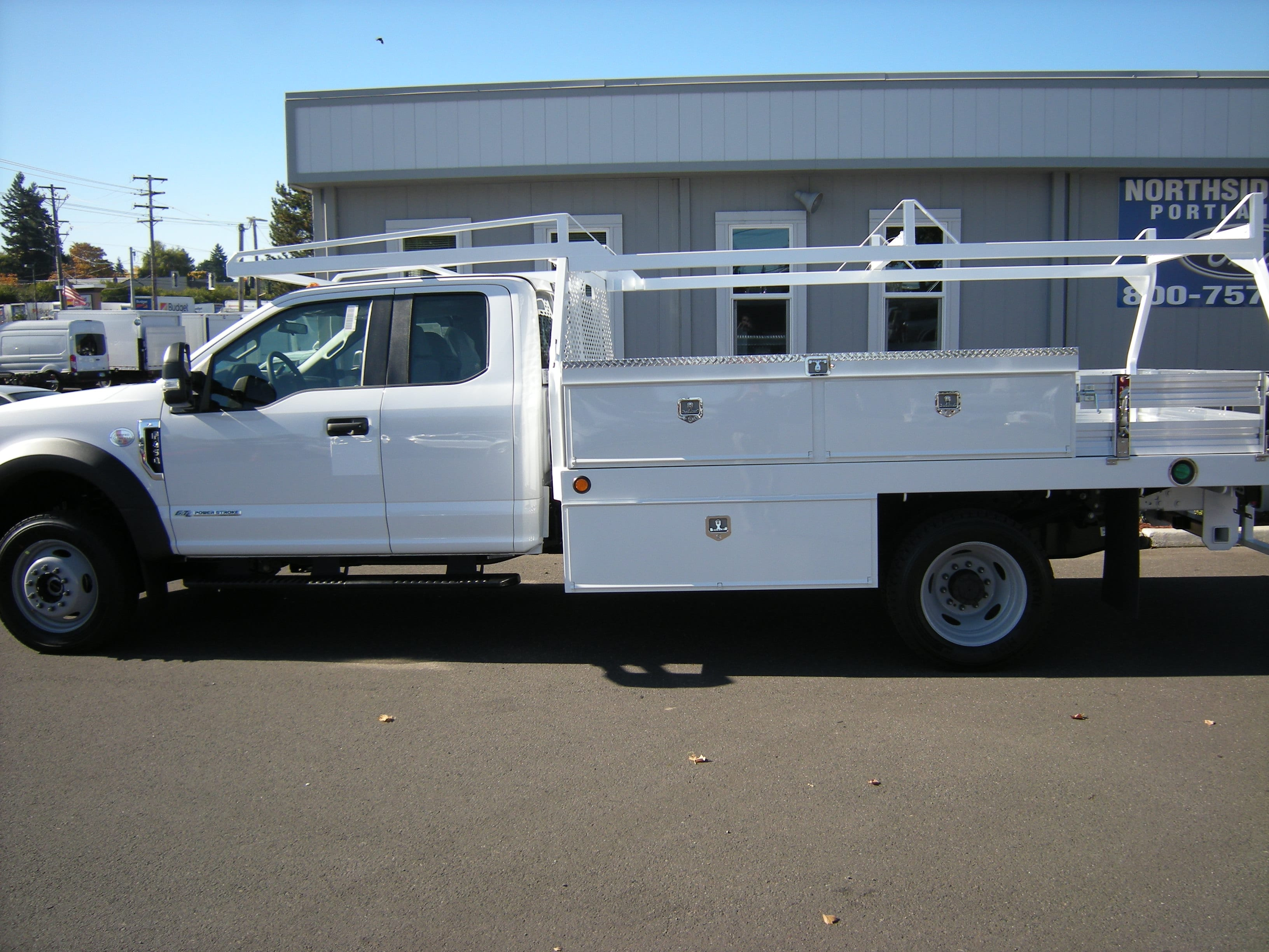 2017 F-450 Super Cab DRW 4x4 Contractor Body #4683 - photo 4