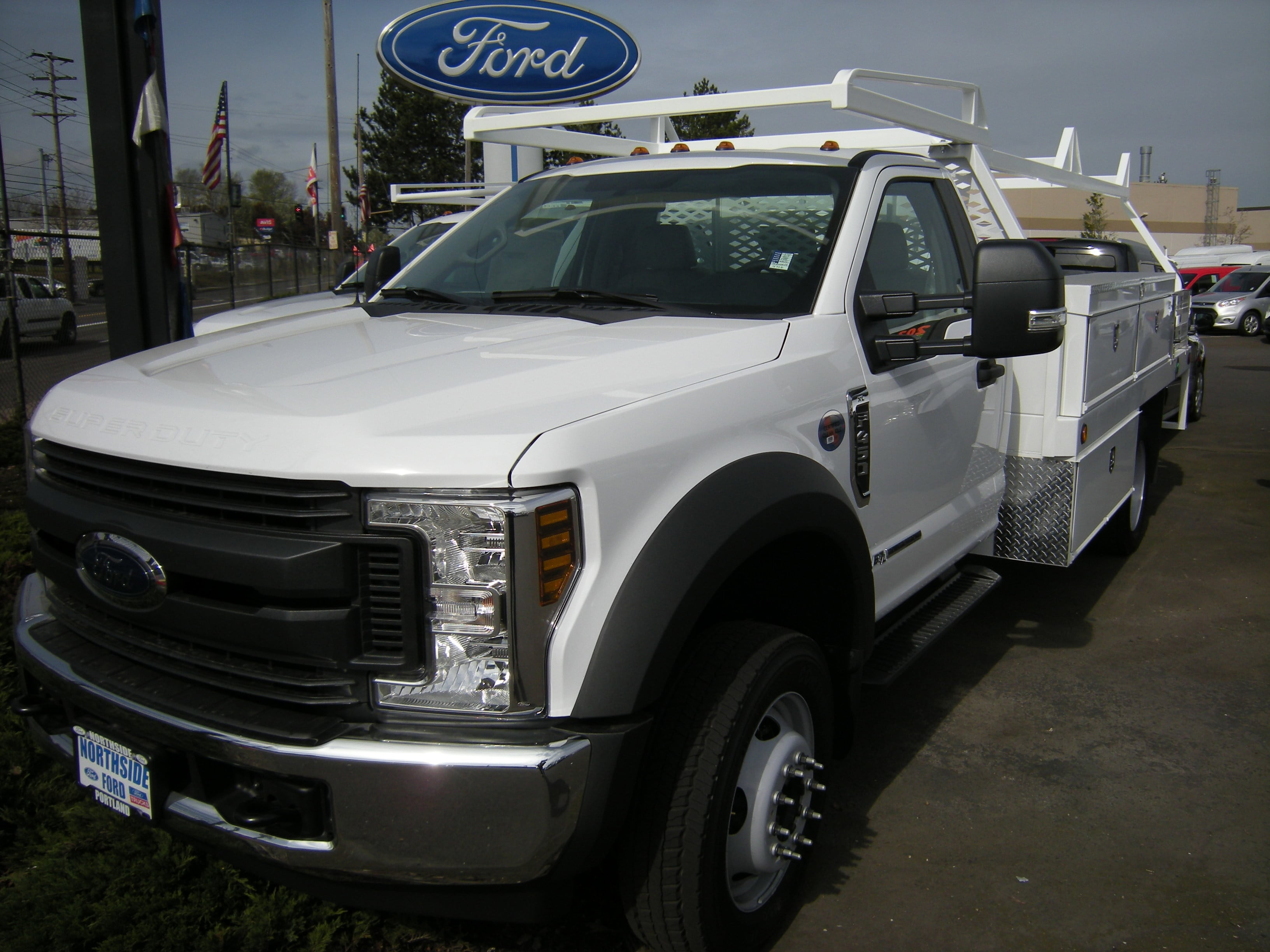 2017 F-450 Crew Cab DRW 4x4, Contractor Body #4684 - photo 3