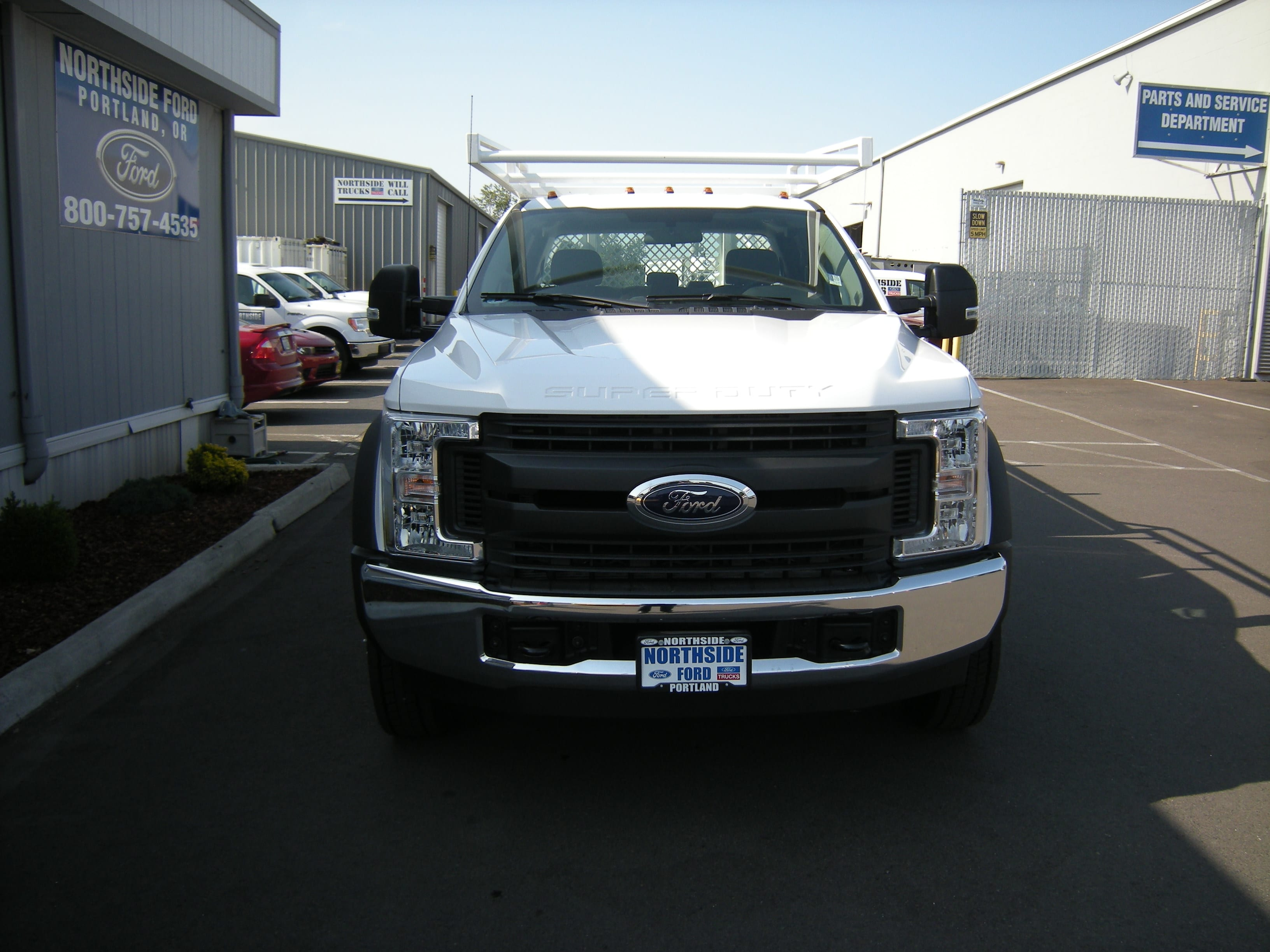 2018 F-450 Super Cab DRW 4x2,  Harbor Contractor Body #4685 - photo 3