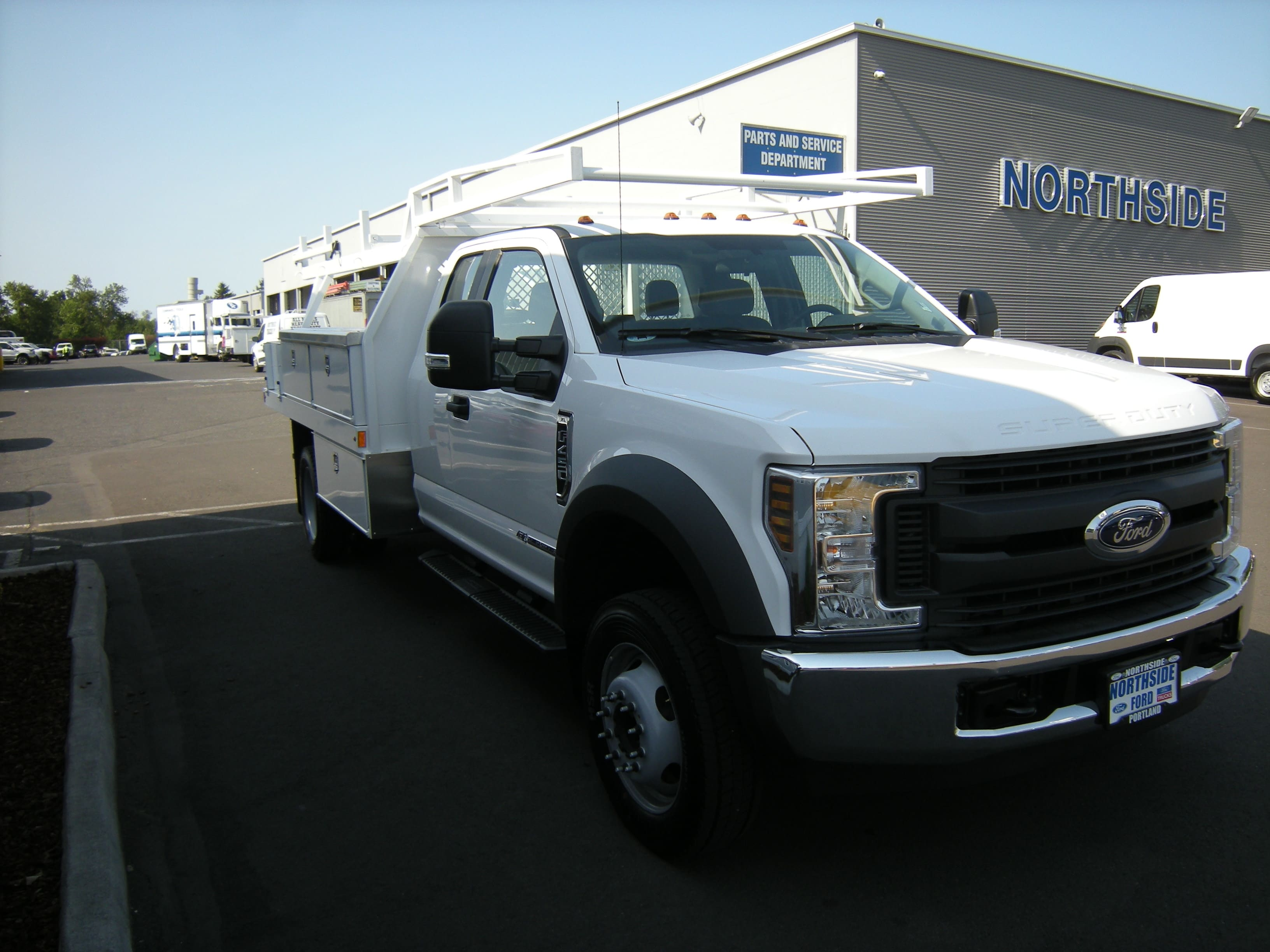 2018 F-450 Super Cab DRW 4x2,  Harbor Contractor Body #4685 - photo 4
