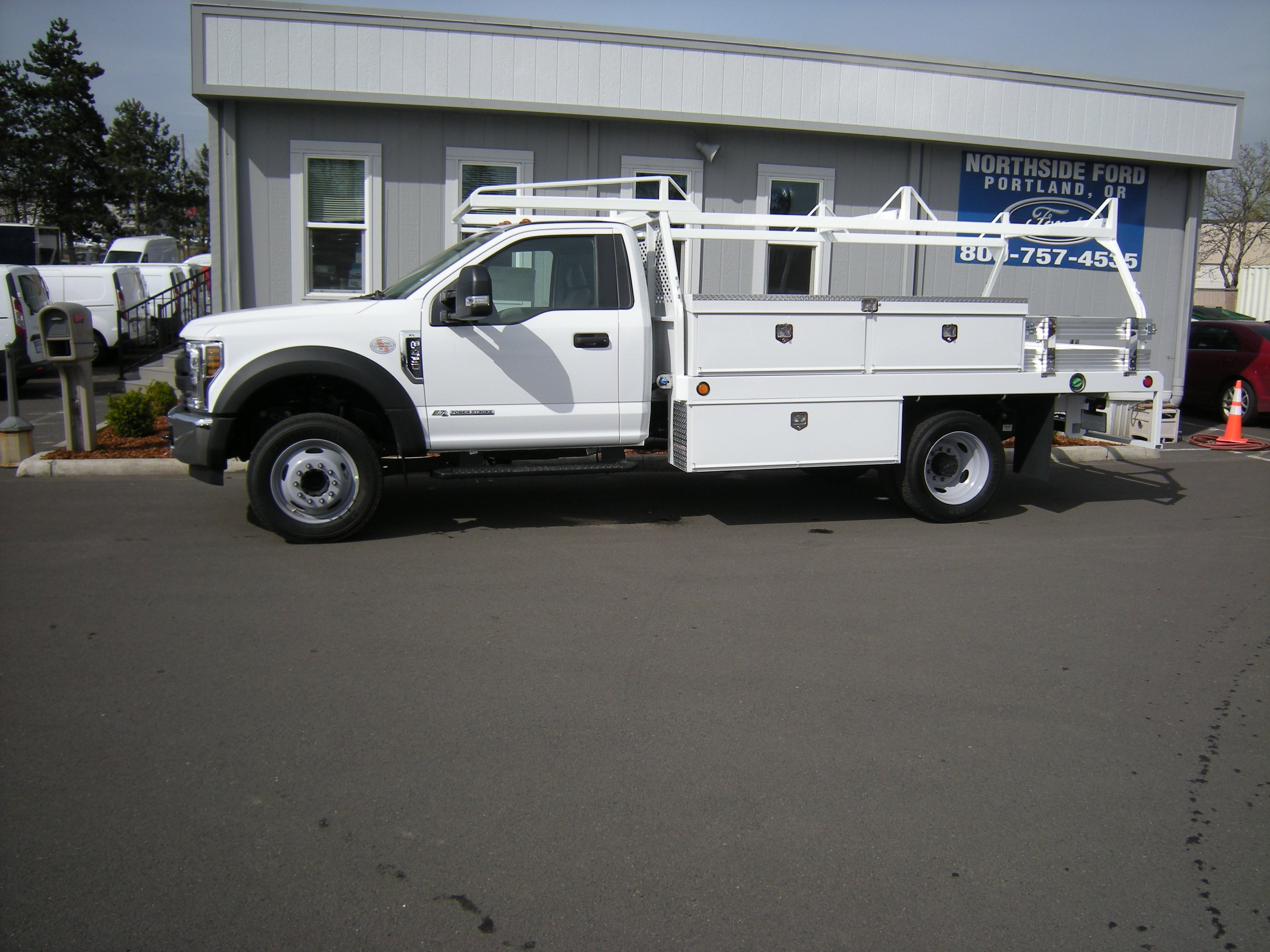 2018 F-450 Regular Cab DRW, Contractor Body #4706 - photo 4