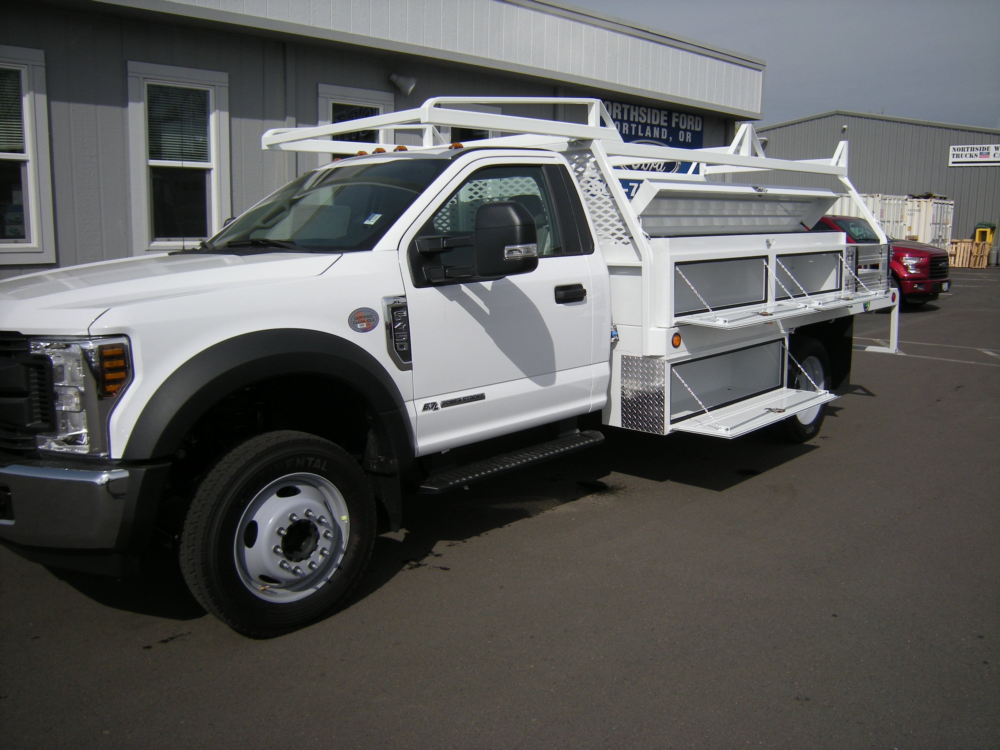 2018 F-450 Regular Cab DRW, Contractor Body #4706 - photo 6