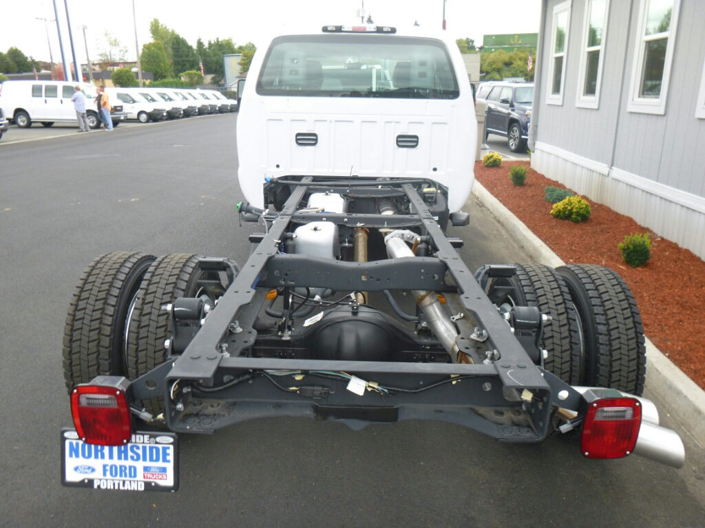2016 F-550 Super Cab DRW 4x4, Cab Chassis #5288 - photo 4