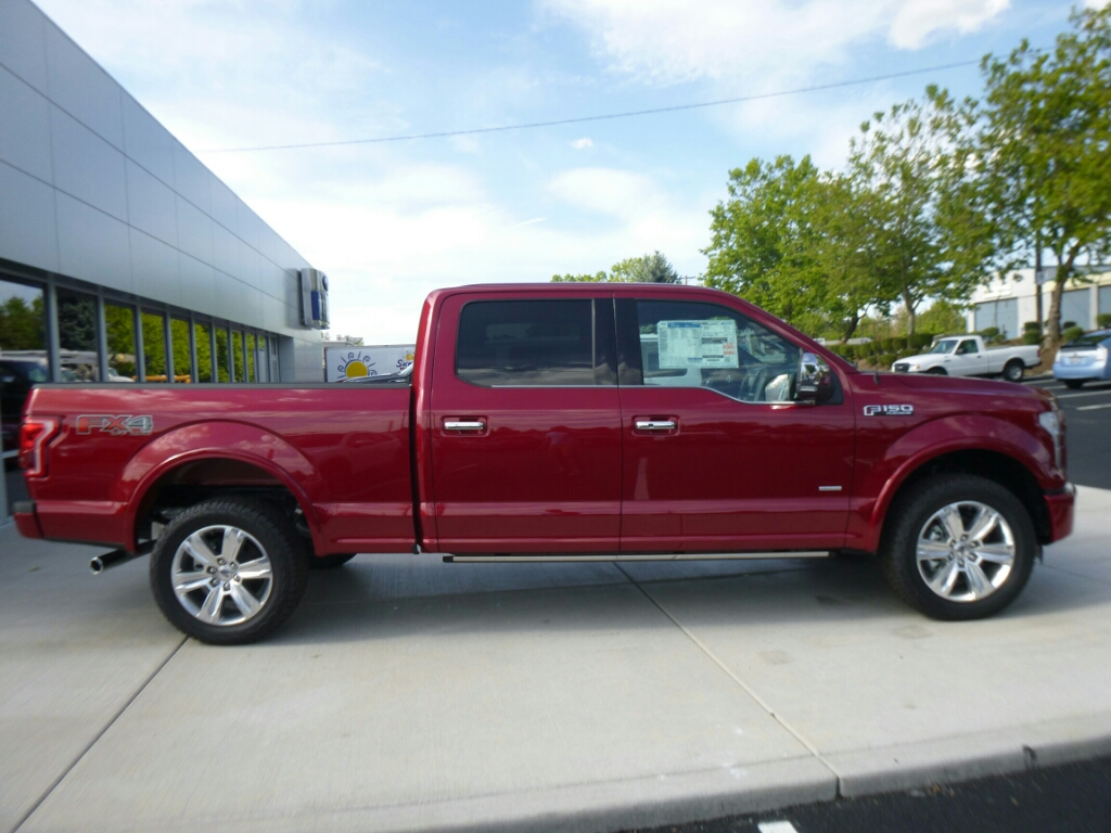 2015 F-150 Crew Cab 4x4, Pickup #52888 - photo 4