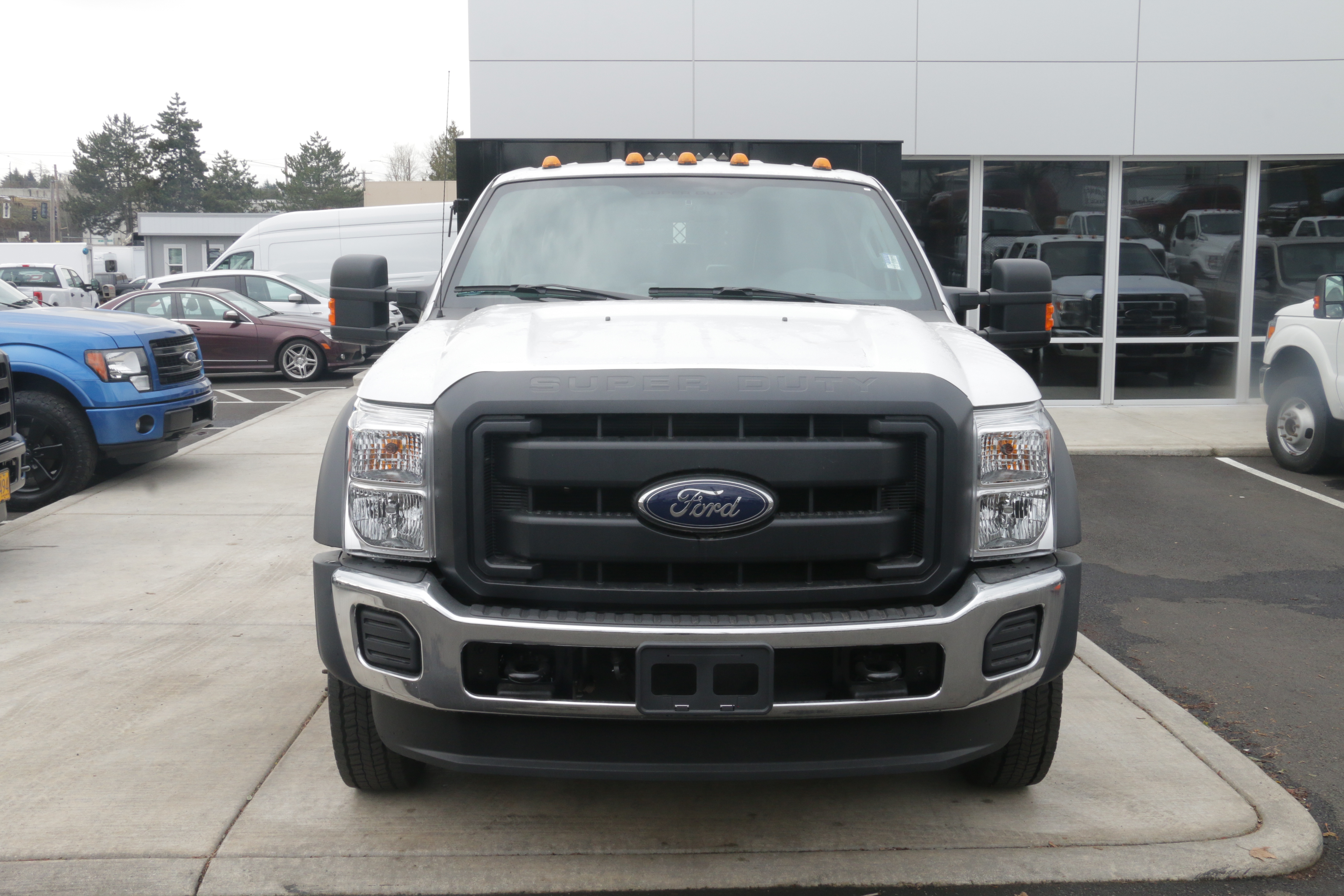 2016 F-550 Crew Cab DRW, Reading Platform Body #5387 - photo 4