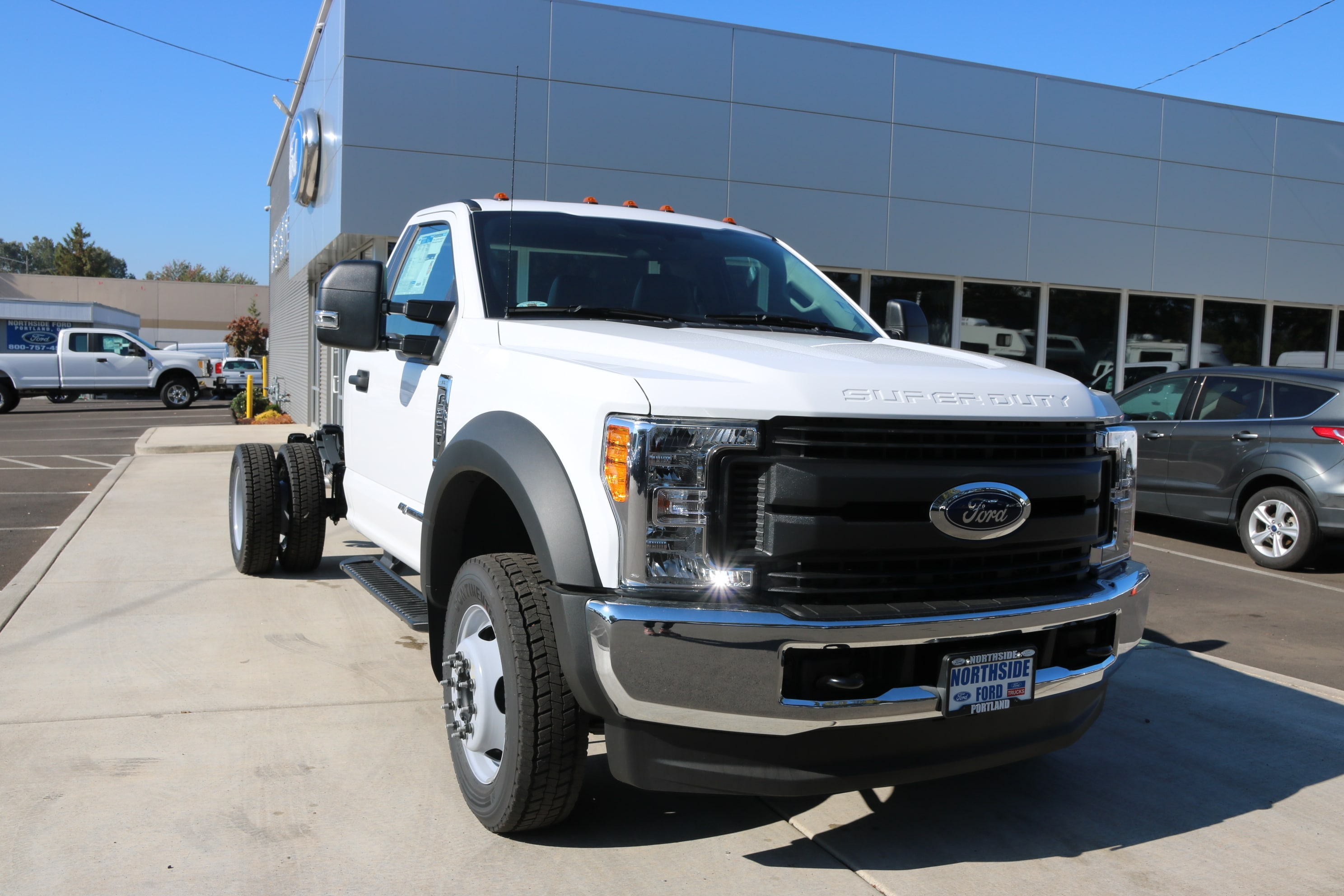 2017 F-550 Regular Cab DRW 4x4 Cab Chassis #5527 - photo 3