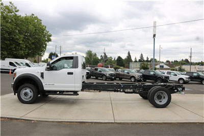 2018 F-550 Regular Cab DRW 4x4,  Cab Chassis #5611 - photo 5