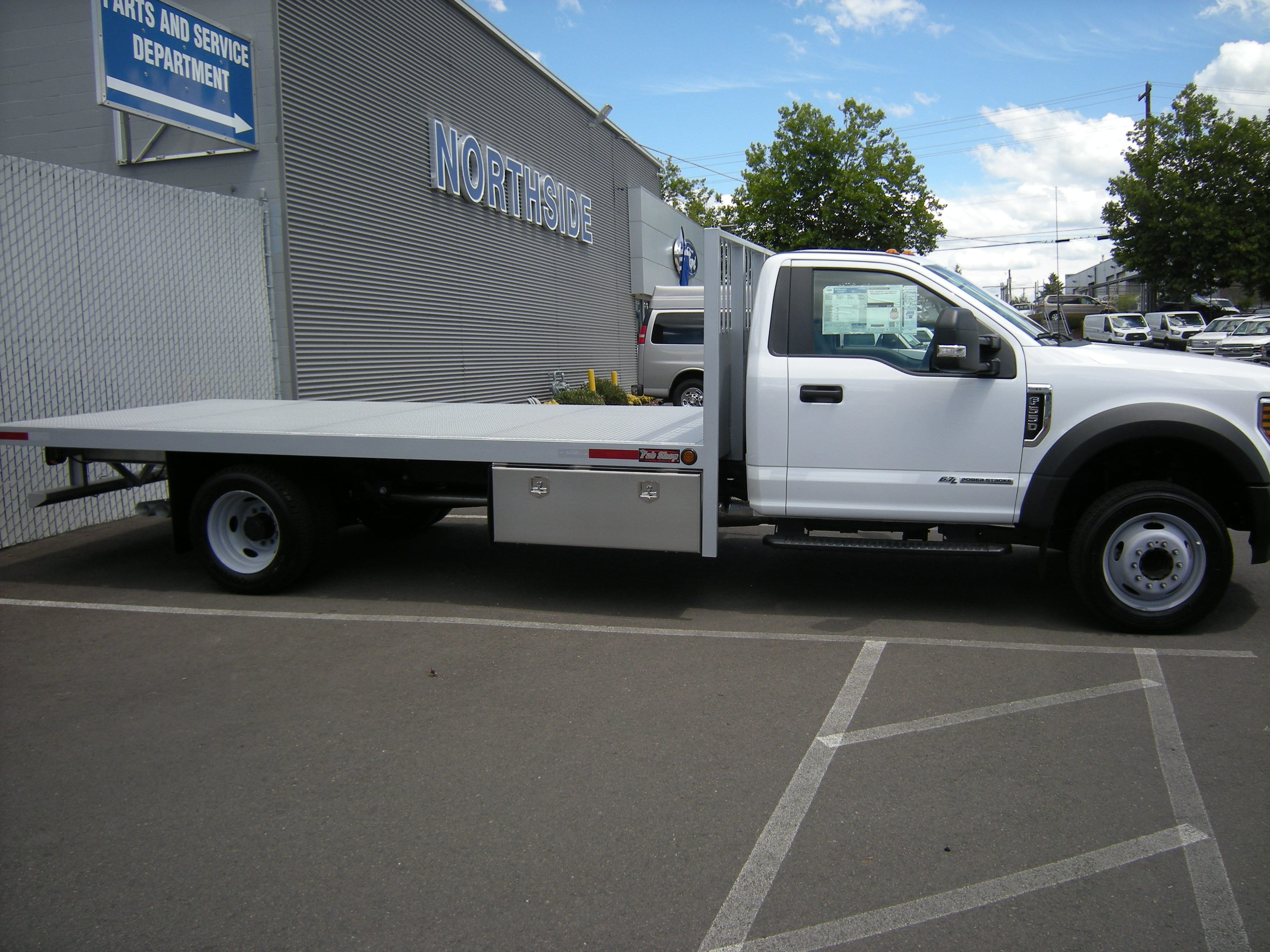 2018 F-550 Regular Cab DRW 4x2,  The Fab Shop Platform Body #5613 - photo 2