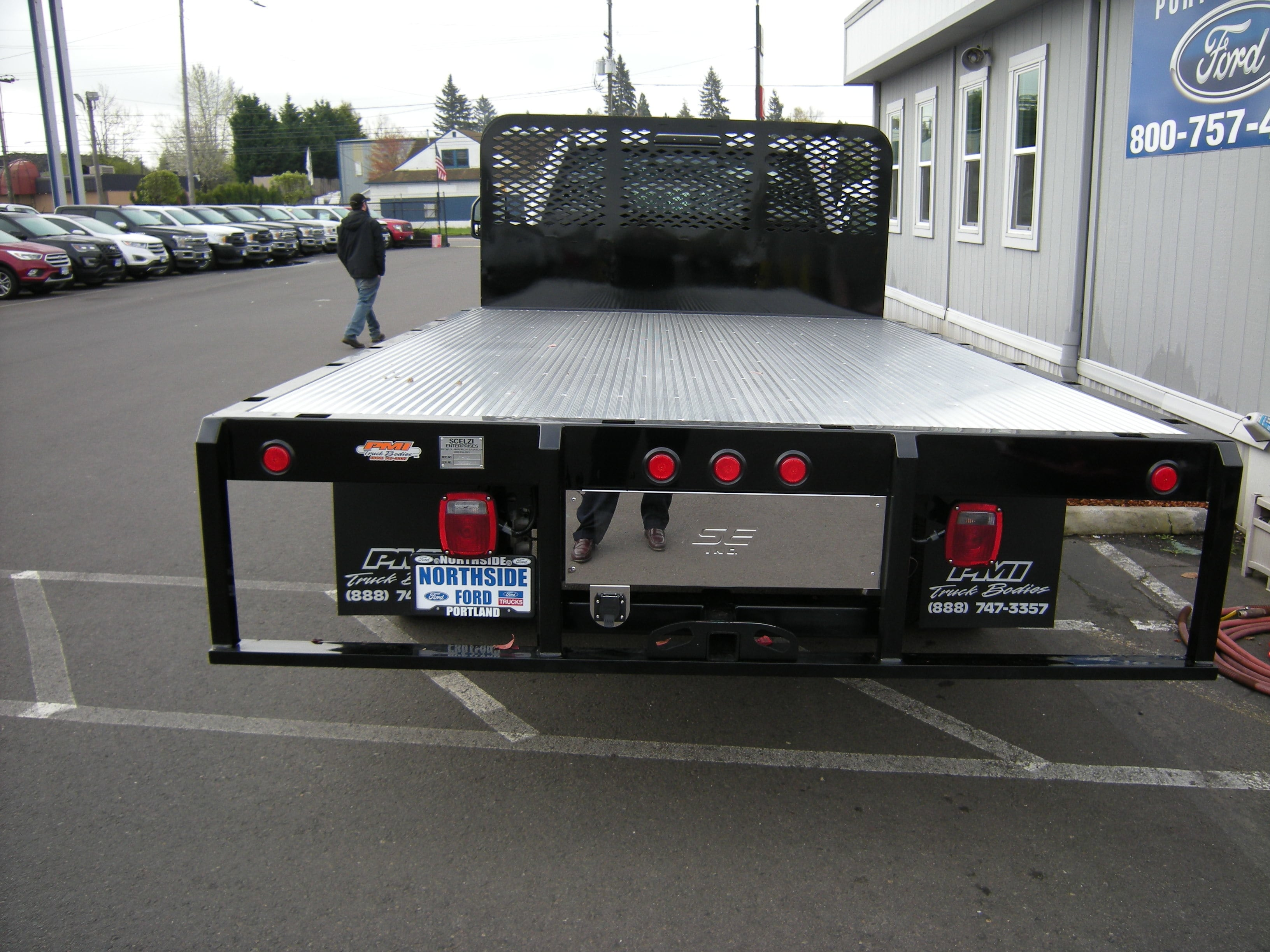 2018 F-550 Regular Cab DRW, Platform Body #5690 - photo 4