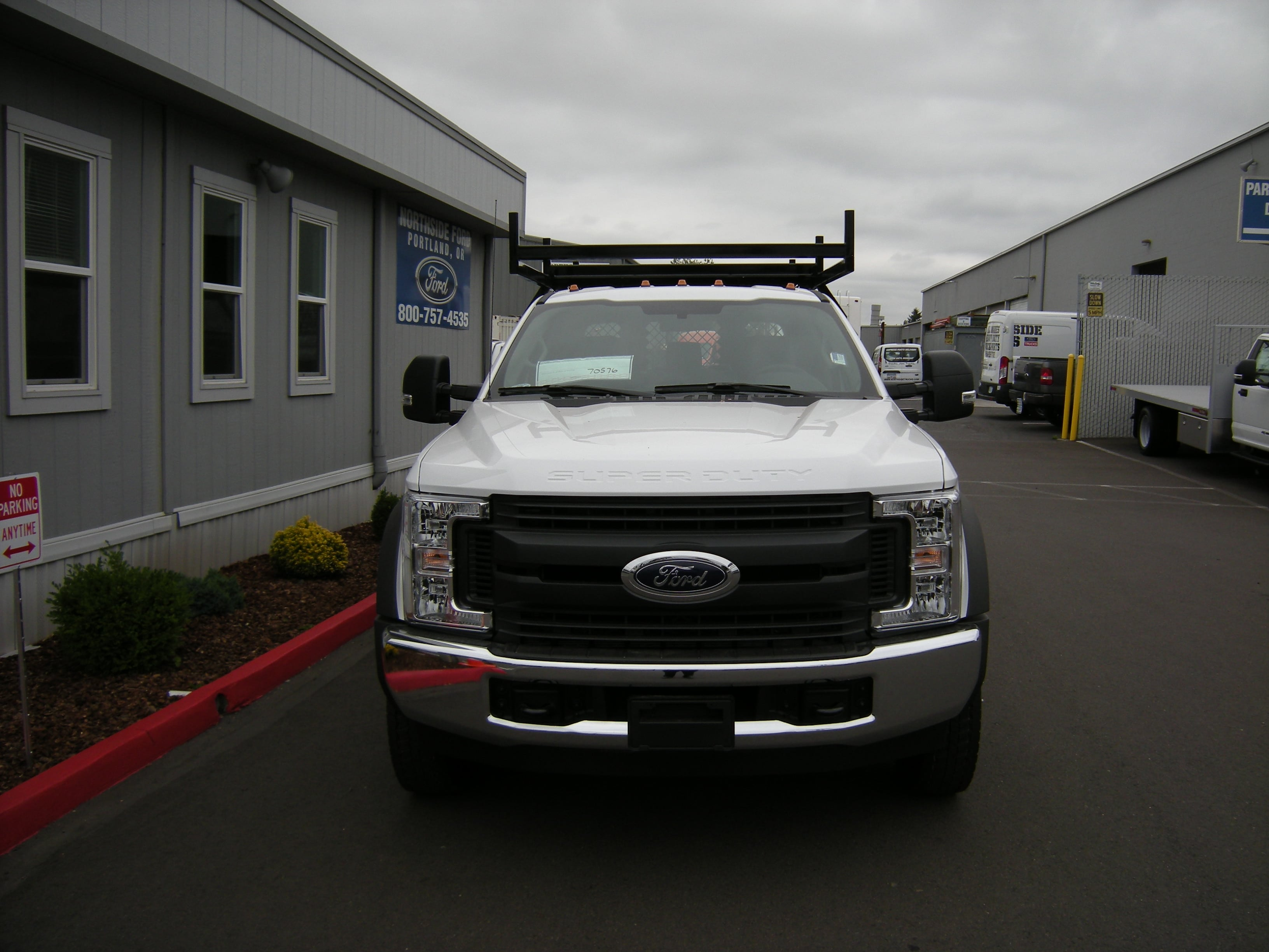 2018 F-550 Crew Cab DRW 4x2,  Reading Contractor Body #5719 - photo 3