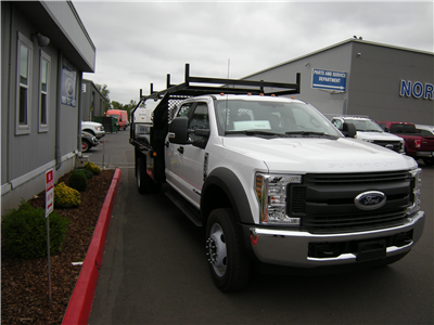 2018 F-550 Crew Cab DRW 4x2,  Contractor Body #5719 - photo 4