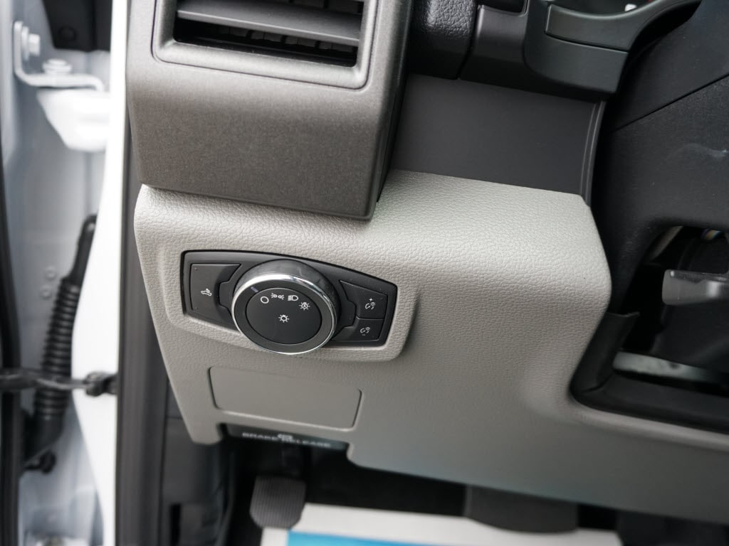 2019 Ford F-550 Regular Cab DRW 4x2, Knapheide Steel Service Body #5831 - photo 18
