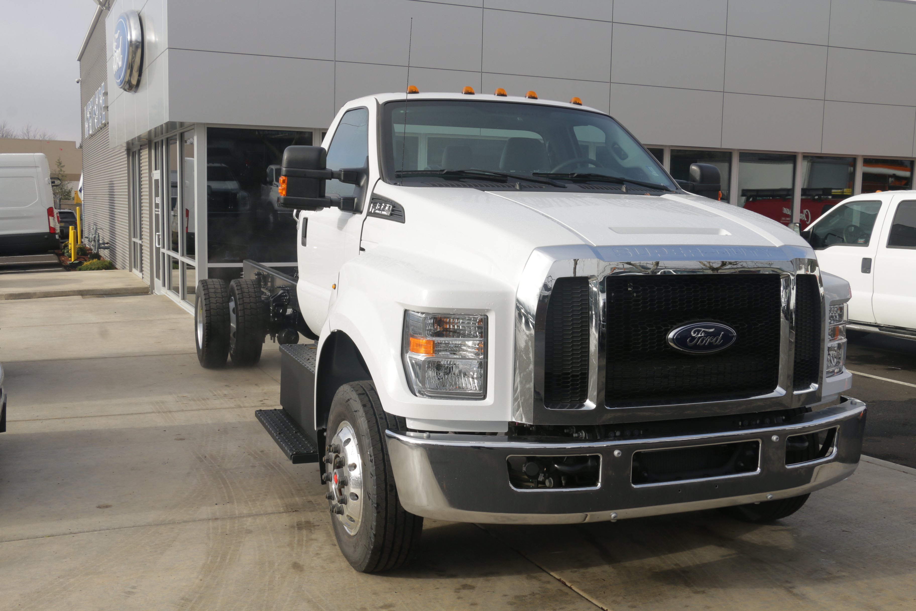 2016 F-650 DRW, Cab Chassis #6736 - photo 3