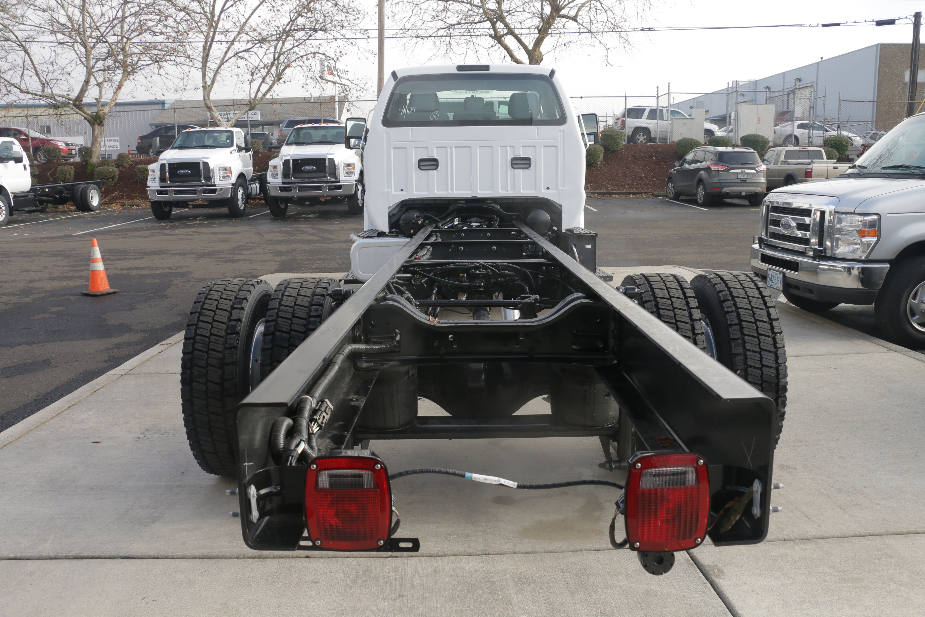 2016 F-650 DRW, Cab Chassis #6736 - photo 6