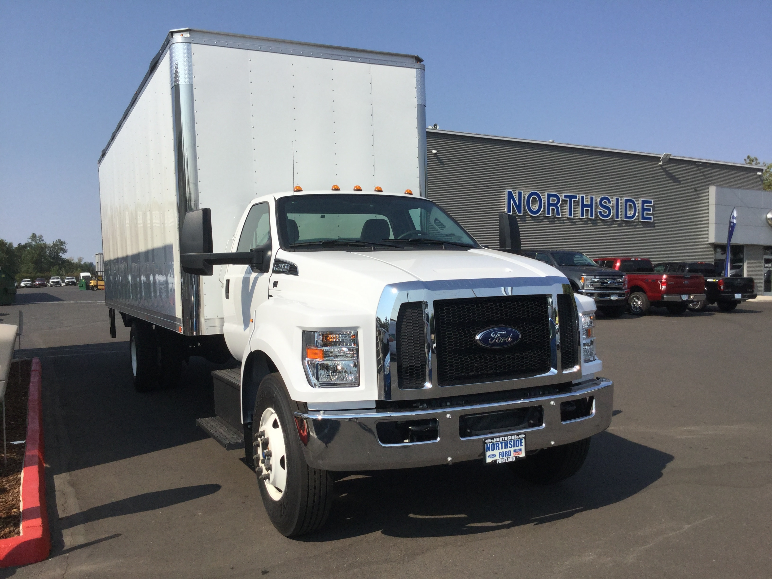 2018 F-650 Regular Cab DRW 4x2,  Summit Dry Freight #6784 - photo 3
